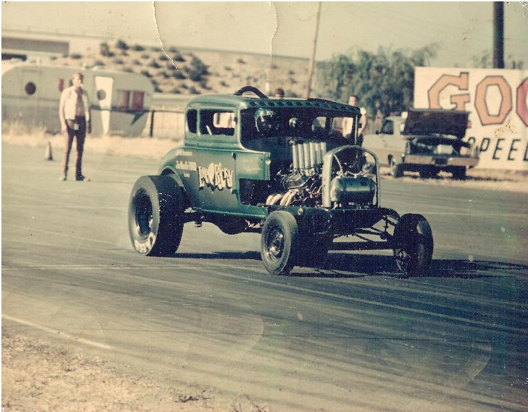 Nostalgia Drag Racer: 1932 Ford 5 window coupe from early 70's